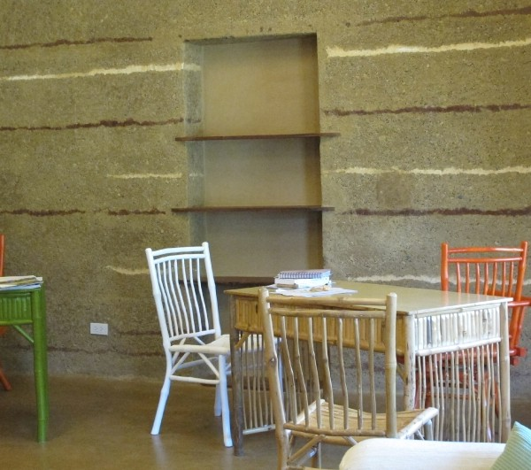 Office With Rammed Earth Wall And Floor 5