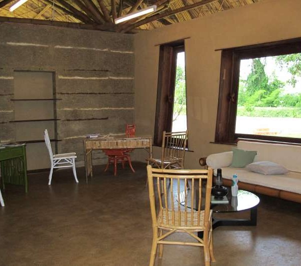 Office With Rammed Earth Wall And Floor