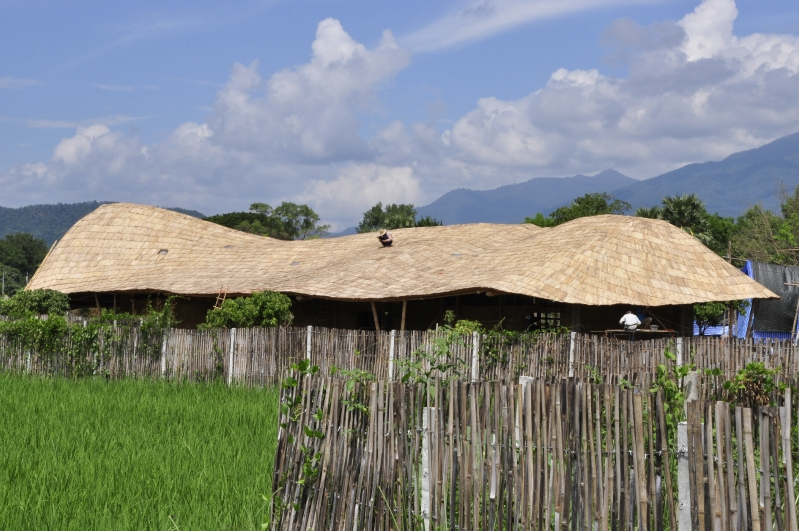 Waterproofing Bamboo Roofs - Chiangmai Life Construction