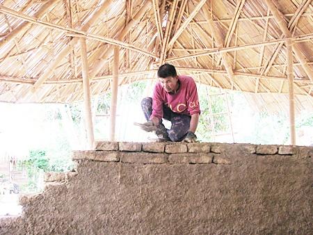 Chiangmai Mail's spotlight on Chiangmai Life Construction