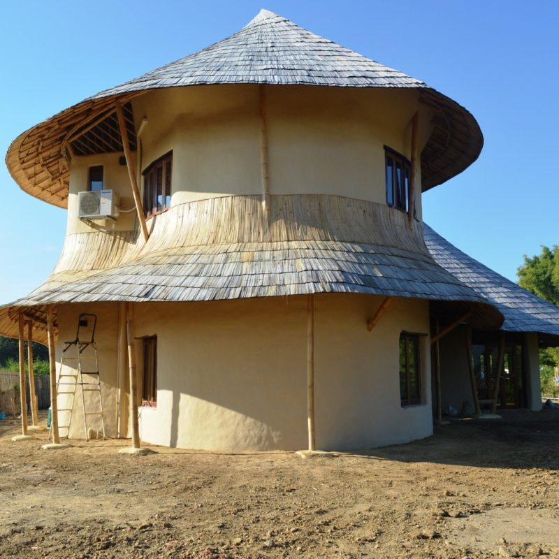 2 storey bamboo earth family home by chiangmai life for Adobe house construction cost