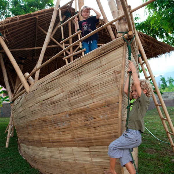 Bamboo Playboat