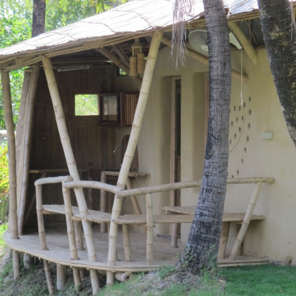 Bamboo Earth Small Cottage