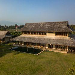 Earth & Wood Villa Earth Architecture By CLA (1)